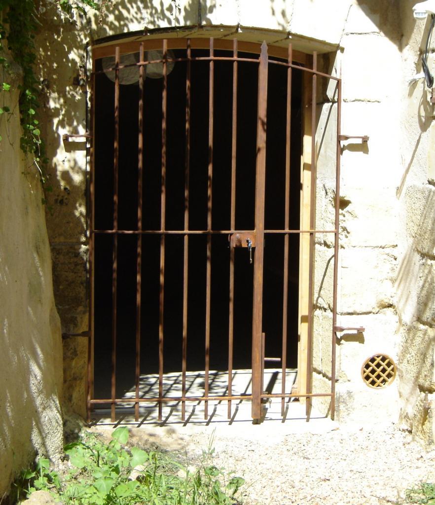 Grille de cave for Porte de cave en fer